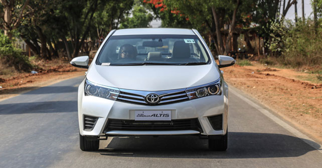 Toyota Corolla Altis Review in India