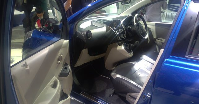 datsun go with dual tone interiors showcased at auto expo autox. Black Bedroom Furniture Sets. Home Design Ideas