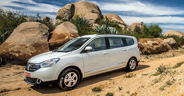 Renault Lodgy Images, Lodgy Interior Images & Lodgy Exterior Photos ...