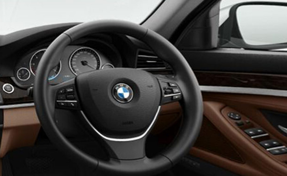 Bmw 5 Series Pictures 5 Series Interior Images Amp 5 Series Exterior Photos Autox