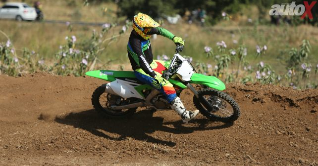 kawasaki kx250 in action m