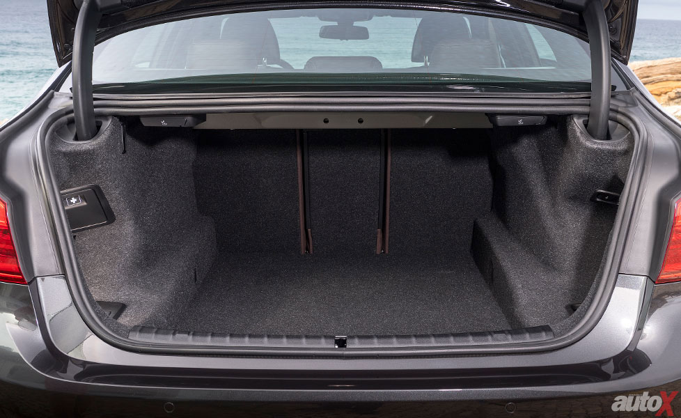 new bmw 5 series boot space