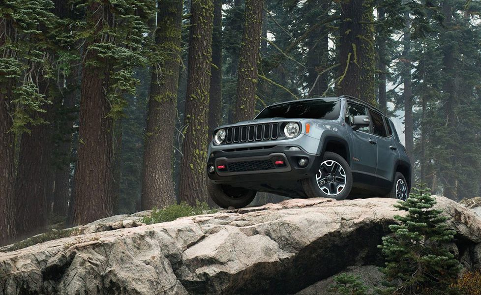 2017 jeep renegade photos pictures image gallery autox. Black Bedroom Furniture Sets. Home Design Ideas