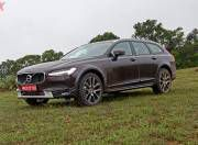 2017 Volvo V90 Cross Country Front Three Quarter Gallery