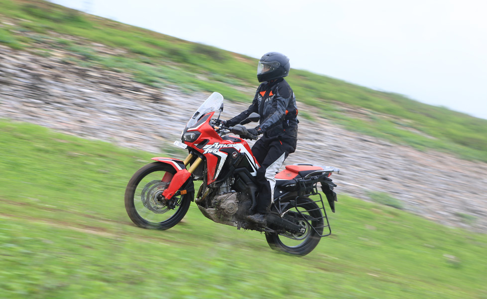Honda africa twin review599a9c867f24f