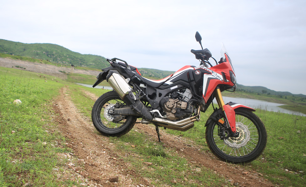 Honda africa twin side profile599a9c86c5276