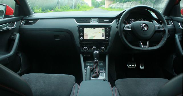 Skoda octavia rs interior dashboard m