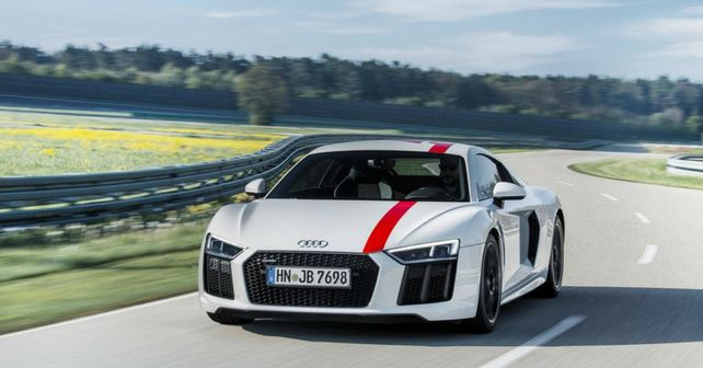 Audi has presented the R8 RWD modification