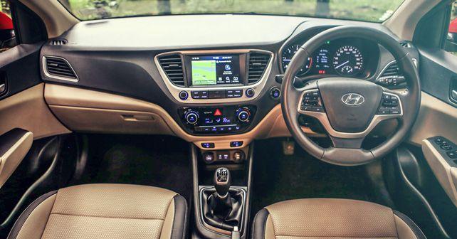 Hyundai Verna SX O CRDi dashboard