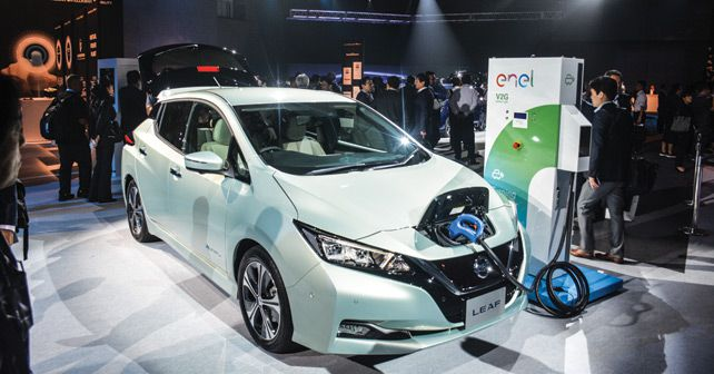 Nissan LEAF Electric Charging
