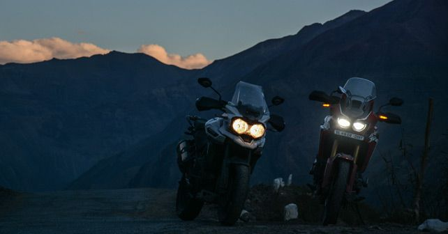 Land Rover Discovery and Trimph Tiger and Honda Africa Twin Travelogue Pic181